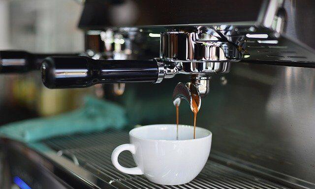 Fikcjonalny ekspres do kawy