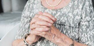 Stylowa biżuteria na dzień babci