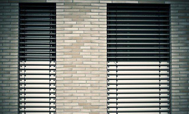 Żaluzje fasadowe - wygodne rozwiązanie do domu