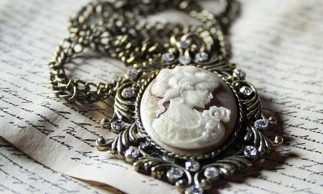 Biżuteria to prezent na każdą okazję