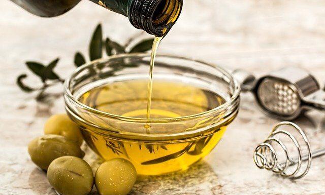 Olej z nasion konopi - dlaczego warto go stosować?